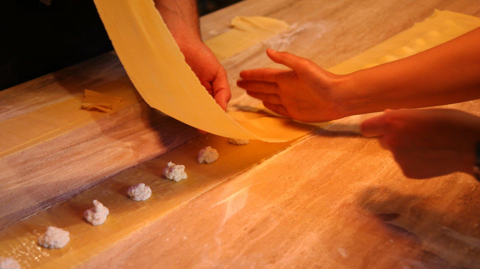 Cooking Classes in Transylvania - Viscri 125 Copyright Ionut Macri 02-min