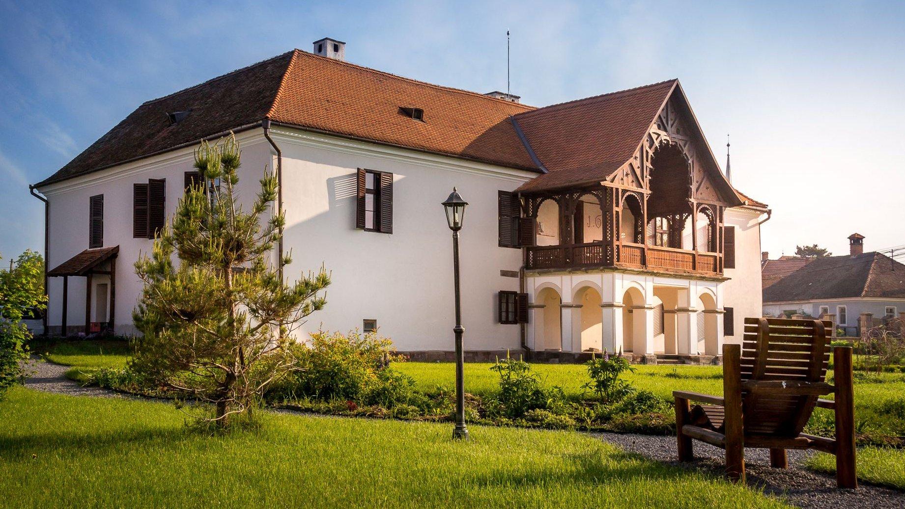 Hotel-Castel-Daniel-Talisoara-min