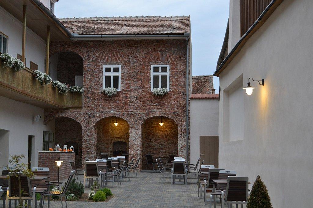 Jules Bistro Restaurant Sibiu 11