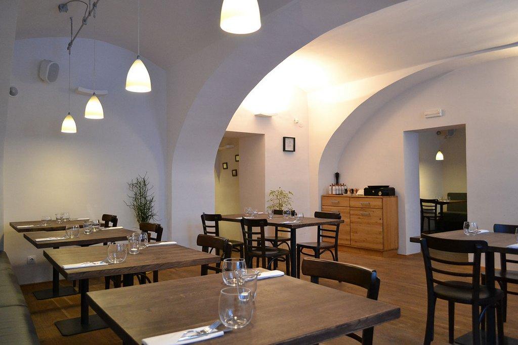 Jules Bistro Restaurant Sibiu 12