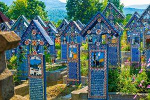 Merry_Cemetery_Sapanta